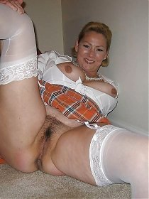 Mature very hairy pussy